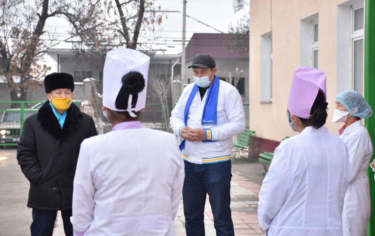 Түркістан–Мақтаарал: «Nur Otan» аудан тұрғындарының өмір сүру ұзақтығын арттыруға күш салады 1
