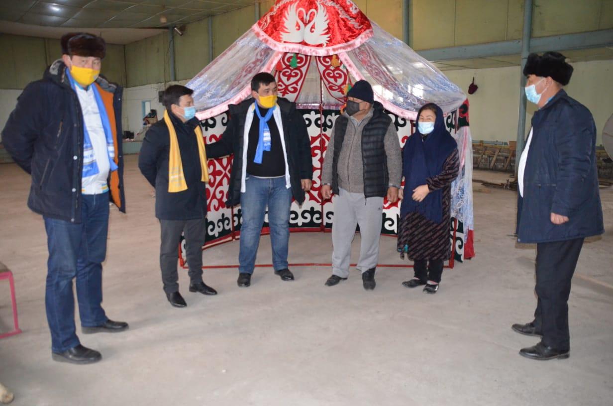 Түркістан–Мақтаарал: Үміткерлер киіз үй шеберімен кездесті 1