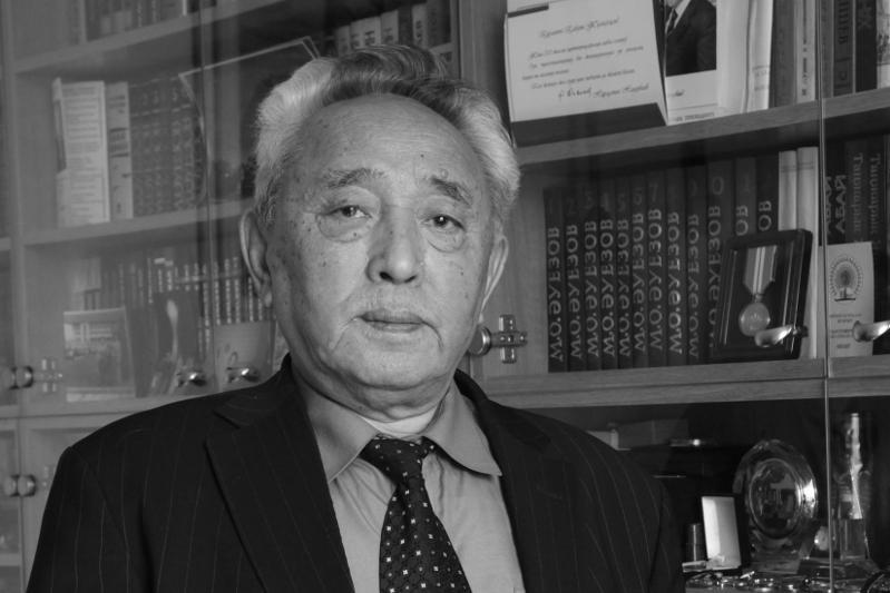 Жазушы Қабдеш Жұмаділов дүниеден озды 1