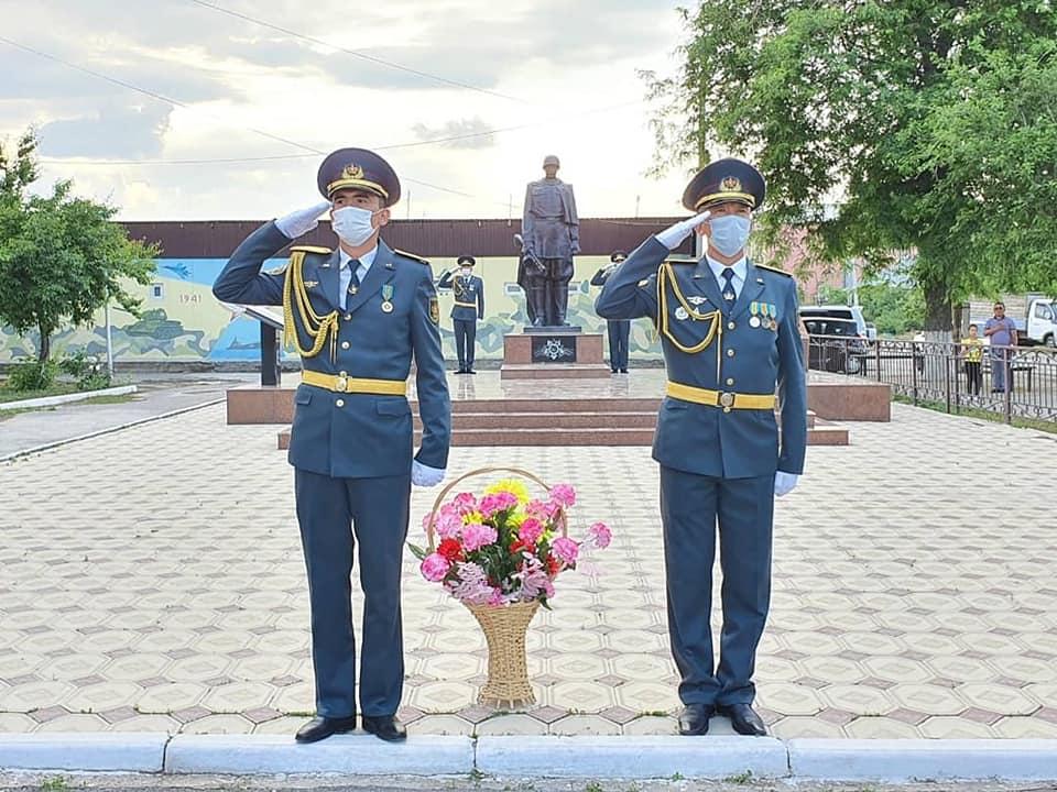 Шымкент: №53 жалпы орта мектебіне генерал Сабыр Рақымовтың есімі берілді 1