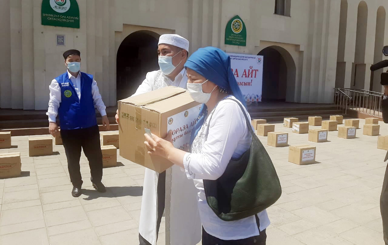 Шымкентте Рамазан айында 32 мыңнан астам отбасыға азық-түлік таратылды 1