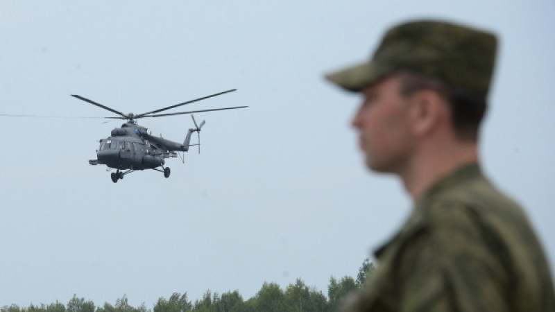 МИ-8 МТ тікұшағы шұғыл қонуға мәжбүр болды - Қырғызстан Қорғаныс министрлігі 1