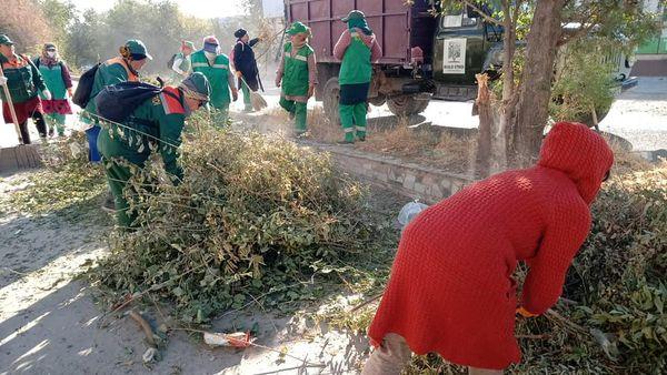 Еңбекші ауданында санитарлық тазалық жұмыстары кестеге сәйкес атқарылуда 1